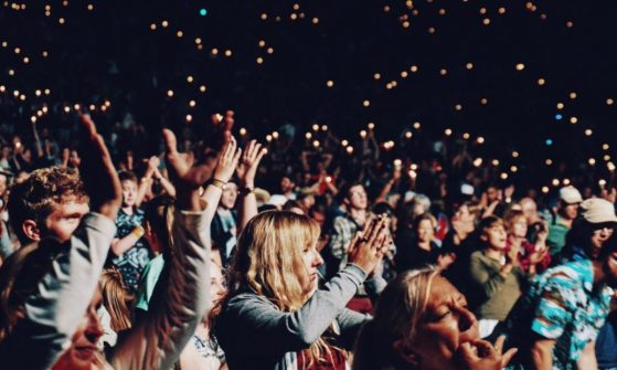 20 Effective Tips To Build A (Loyal) Fanbase